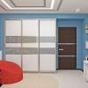 дизайн комнаты для подростка, корпусная мебель в интерьере, шкаф-купе в детской