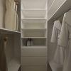 дизайн интерьера гардеробной, интерьер гардеробной, корпусная мебель в интерьере, дизайн интерьера однокомнатной квартиры.